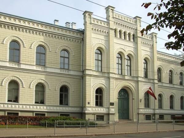 Draudzīgā aicinājuma fonda reitingā par Latvijas labāko ģimnāziju atzīta Rīgas Valsts 1.ģimnāzija
