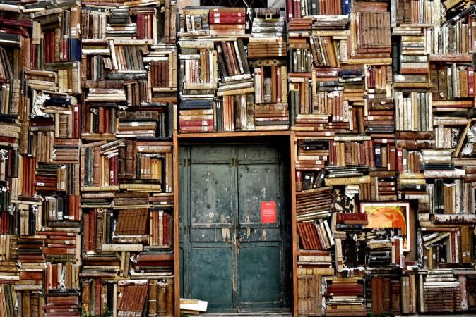 """Valdībā aicina risināt jautājumu ar pieeju LNB digitālajai kolekcijai """"periodika.lv"""" skolu bibliotēkās"""