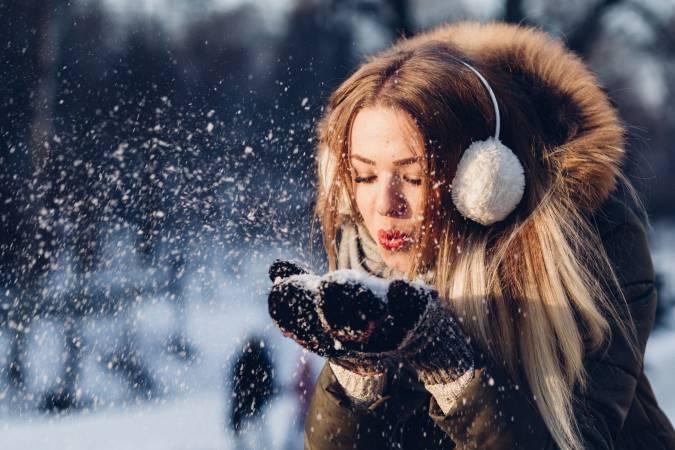 Gaisa temperatūrai noslīdot zem -20 grādiem, bērni līdz 12 gadu vecumam var neapmeklēt skolu