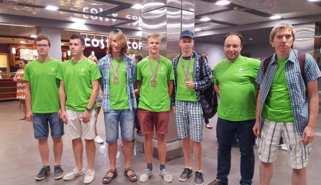 Latvijas skolēni starptautiskajā fizikas olimpiādē izcīna trīs medaļas