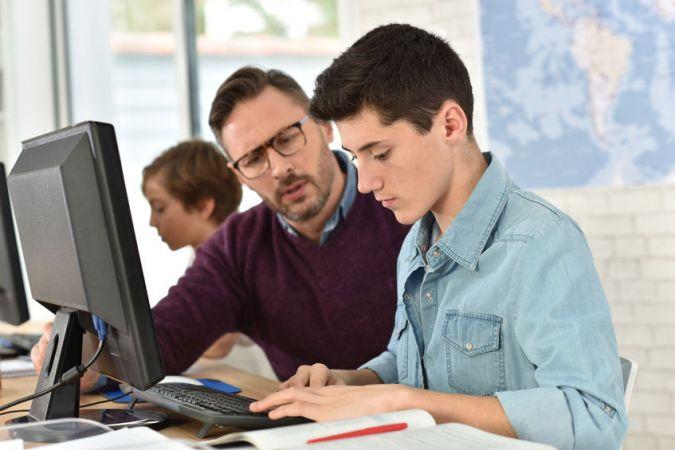 Aicina pieteikties pedagogu – multiplikatoru atlasei tālākizglītības programmu īstenošanai