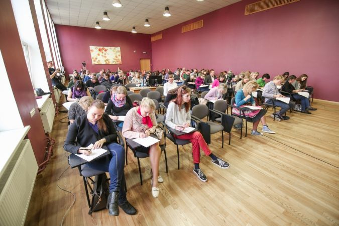 Sākas pieteikšanās IV pasaules diktātam latviešu valodā