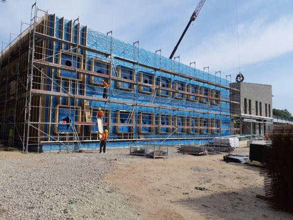 Dobeles novadā īsteno izglītības iestāžu dienesta viesnīcas būvniecību