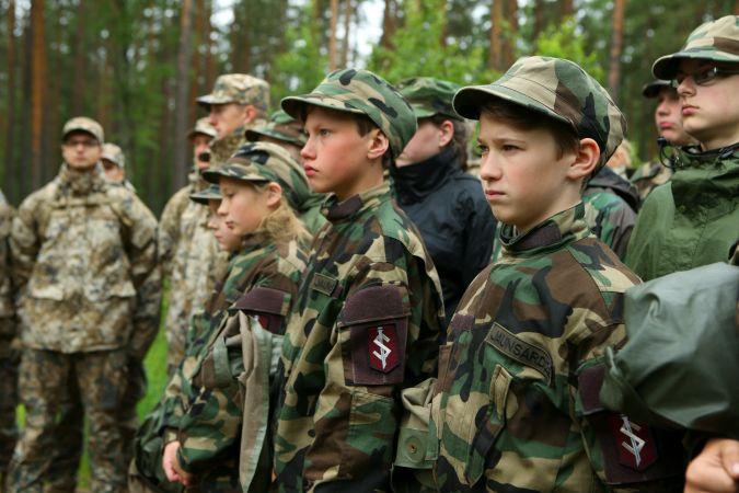 """Atsāksies lekciju cikls vidusskolēniem """"Kā mēs sargājam Latviju?"""""""