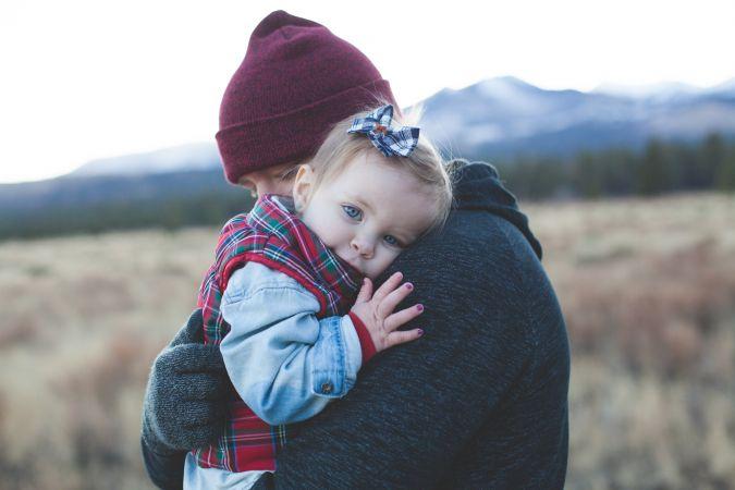 Būtiski ierobežos audžuģimenēs esošu bērnu adopciju uz ārvalstīm