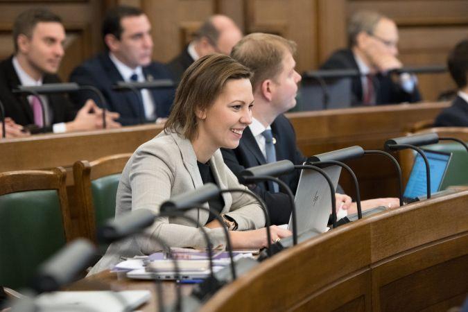 IZM parlamentārā sekretāre: Skolēnu unikalitāte ļaus nākotnē konkurēt ar mākslīgo intelektu