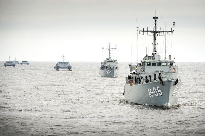 """Jūras spēki aicina skolēnus piedalīties konkursā """"Latvijas Kara flotei 100"""""""