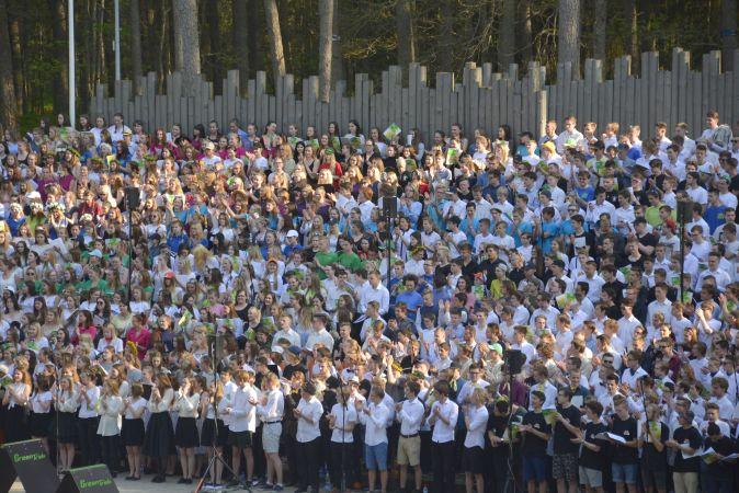 Šodien notiks Valmieras skolu jaunatnes dziesmu un deju svētki