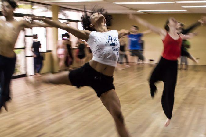 Rīgas Horeogrāfijas vidusskolā sāks piedāvāt laikmetīgās dejas mācību programmu