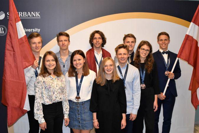 Starptautiskajā ekonomikas olimpiādē Latvijas skolēni izcīnījuši sešas medaļas