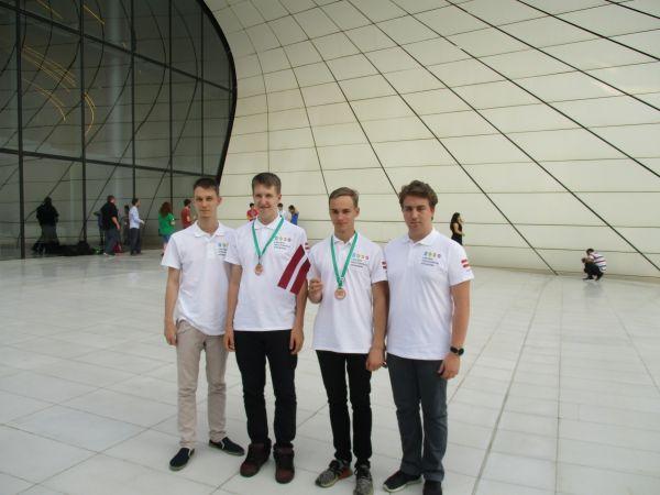 Starptautiskajā informātikas olimpiādē Latvijas skolēni izcīna divas bronzas medaļas