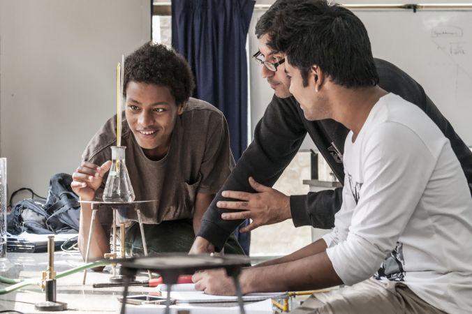 Sācies ikgadējais konkurss vidusskolēniem mācībām UWC (United World Colleges) skolās visā pasaulē