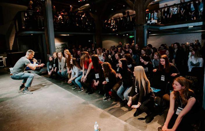 """Studenti aicina vidusskolēnus piedalīties neformālā konferencē """"Rosinātava"""""""