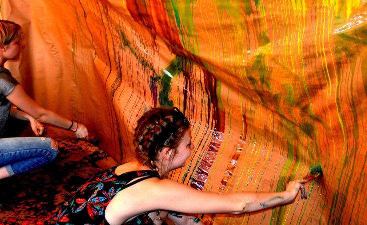 """Bērnus un jauniešus aicina iesūtīt darbus mākslas izstādei """"Vērtību sakta"""""""