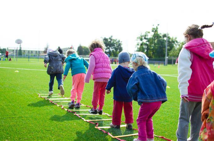 No 1.jūnija mīkstinās ierobežojumus klātienes izglītības, sporta treniņu un amatiermākslas jomās