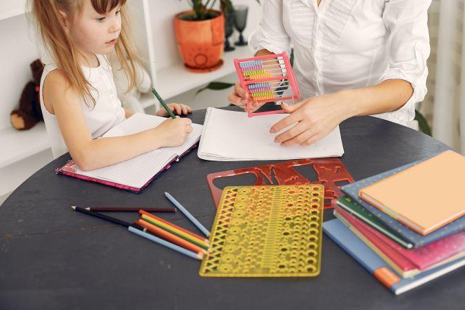 Izstrādāti un publiskoti visi plānotie mācību programmu paraugi pamatizglītībā un vidējā izglītībā