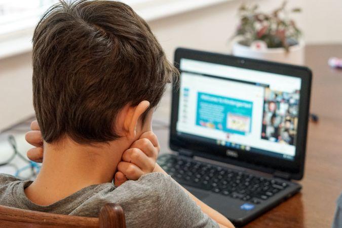 Mobilās lietotnes, kuras palīdzēs jauno  mācību gadu iesākt viegli
