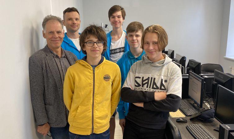 Pirmo reizi Eiropas jauniešu informātikas olimpiādē skolēns no Latvijas izcīna zelta medaļu
