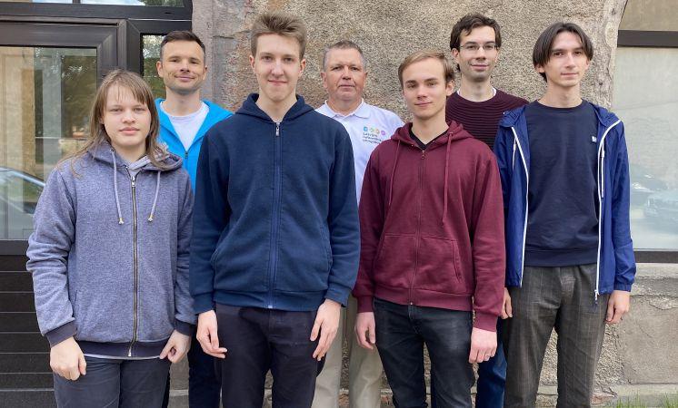 Latvijas skolēni Starptautiskajā informātikas olimpiādē izcīna trīs bronzas medaļas