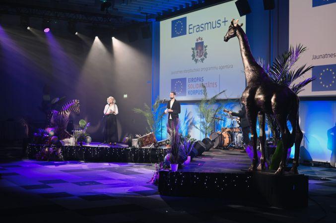 Godināti Latvijas labākie jaunatnes jomas projektu īstenotāji