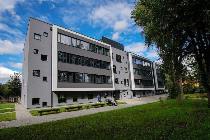 Rīgas Valsts klasiskā ģimnāzija aicina topošos 7. un 10. klases ģimnāzistus!