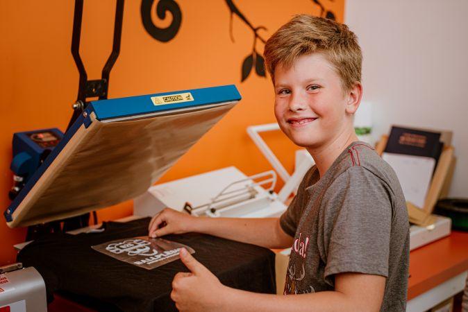 """Ventspils Digitālais centrs aicina doties citādā skolēnu ekskursijā """"Attālītis"""""""