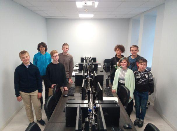 Latvijai divas bronzas Eiropas jauniešu informātikas olimpiādē