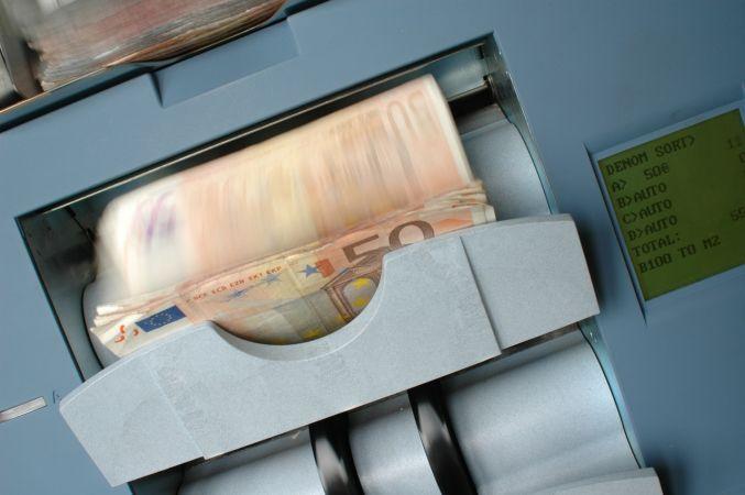 """""""Erasmus+"""" jaunatnes jomas personu mobilitātes projektiem pieejami 625 433.80 eiro"""
