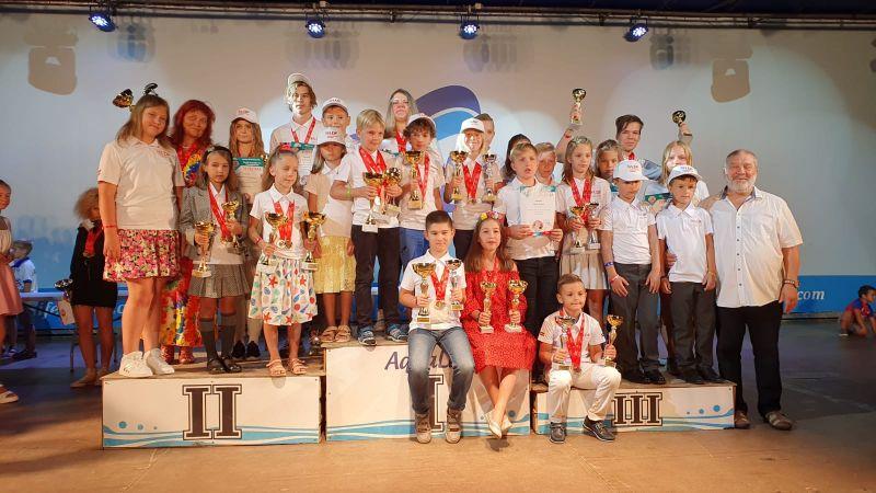 Pasaules čempionātā 64 lauciņu dambretē Latvijas skolēniem 5 zelta medaļas!