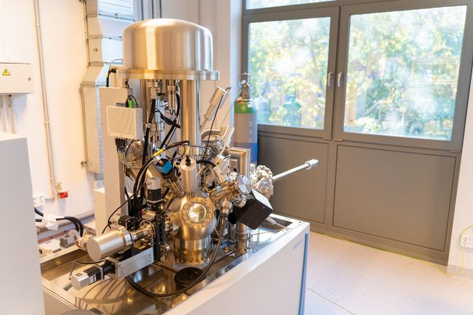 RTU atklāj virsmas un nanoobjektu spektroskopijas kompleksu