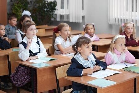 Apvienojoties trim skolām, sāks darbu Viļa Plūdoņa Kuldīgas vidusskola