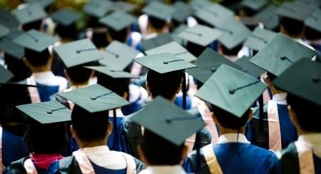 Norit sarunas par vairāku augstskolu reorganizāciju