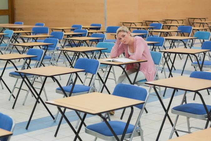 """Lai saglabātu valsts ģimnāzijas statusu, Jūrmalā likvidēs sākumskolu """"Atvase"""""""