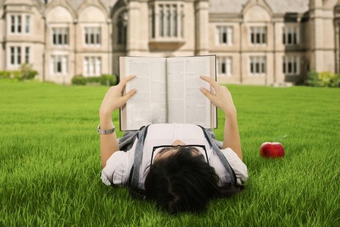 Ziņojums: Desmit gados Latvijā ievērojami kāpis augstāko izglītību ieguvušo īpatsvars