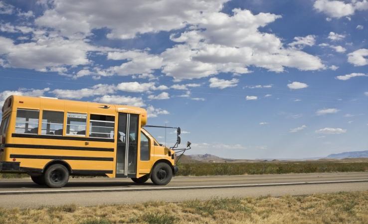 Vidusskolu tīkla pētījumā ceļā uz skolu pavadāmais laiks neatbilst realitātei