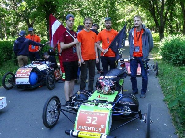 Latvijas studenti gūst panākumus starptautiskās sacensībās Ungārijā
