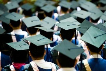 Absolventu reģistrā būs informācija par studiju programmu saikni ar reālo darba tirgu