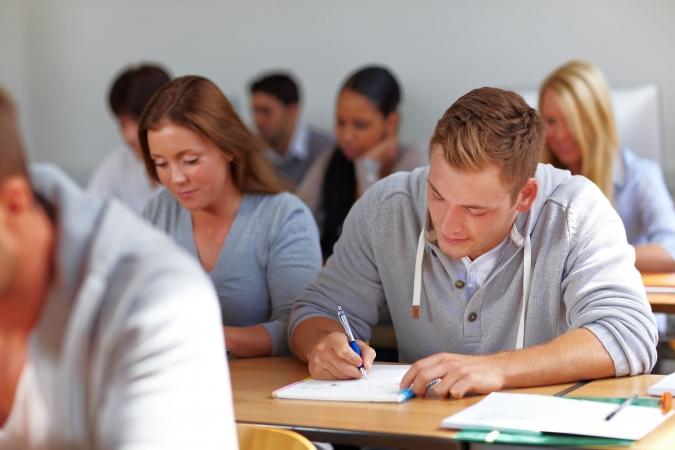 Studijām 11 Latvijas augstskolās pieteikušies jau vairāk nekā 5500 reflektantu