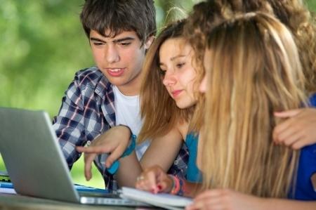 Skolēni dibina starptautiskus kopuzņēmumus