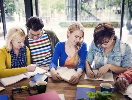 """Šogad """"Erasmus+"""" projekti apstiprināti vairāk nekā 15 miljonu eiro apmērā"""