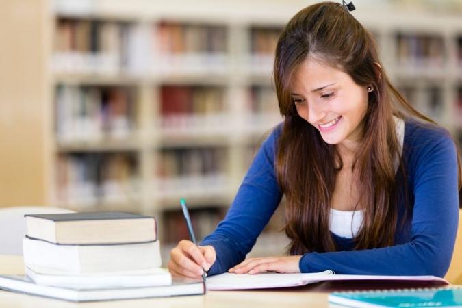 """Vairums """"Iespējamās misijas"""" absolventu turpina strādāt izglītības sektorā"""