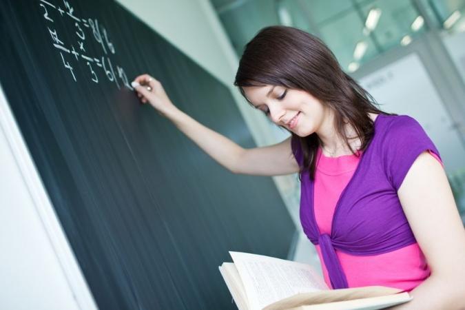 Nosaka reflektantu uzņemšanas termiņus augstskolās un koledžās 2019.gadā