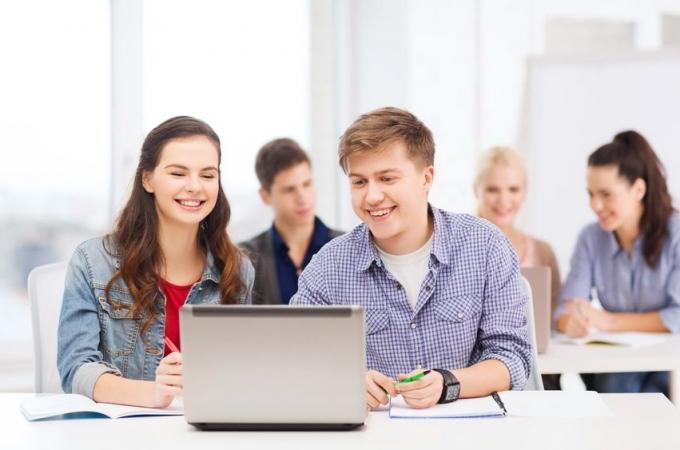 Aicina jauniešus piedalīties radošo darbu konkursā