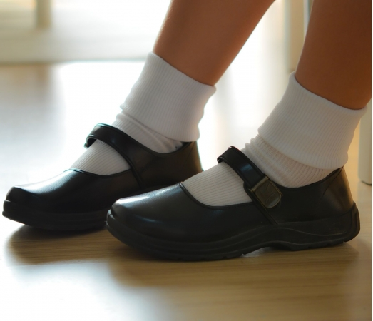 Kā gudri izvēlēties apģērbu topošajam skolēnam?