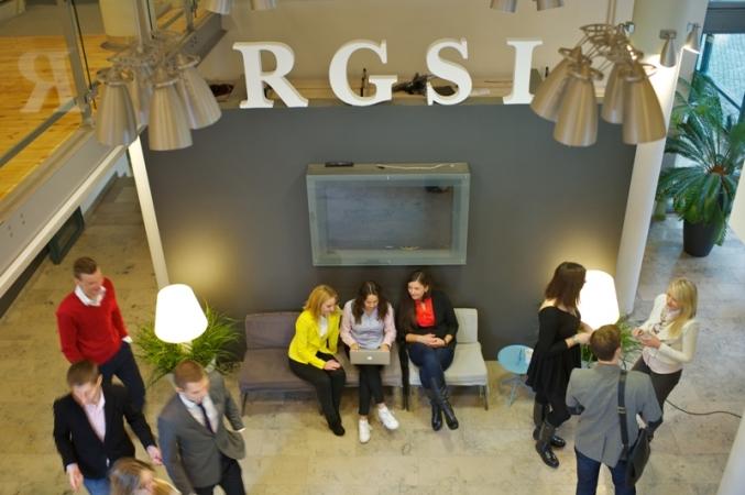 Aicina pieteikties studijām Rīgas Juridiskajā augstskolā