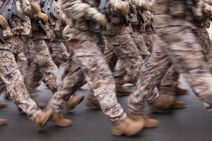 Krievijas skolās grib atjaunot militāro mācību