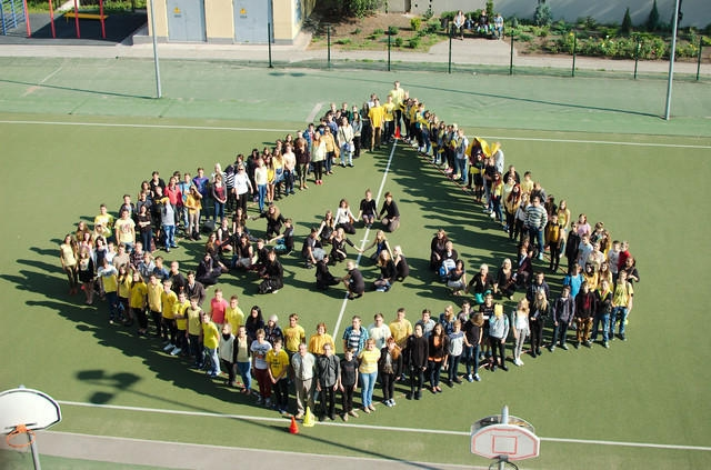 Rīgas 6. vidusskola aicina topošos vidusskolēnus