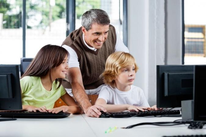 Plāno turpināt darbu pie pedagogu darba samaksas paaugstināšanas