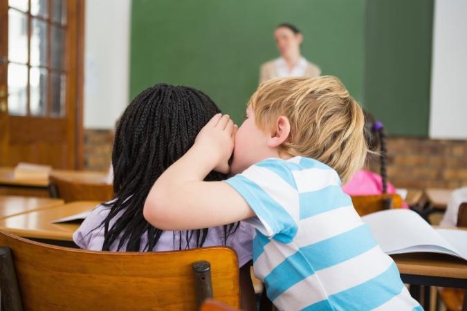 Cīņa par tikumību skolās: Saeima daļēji atbalsta grozījumus Izglītības likumā