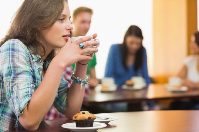 Skolu kafejnīcās būs tikai veselīgi našķi